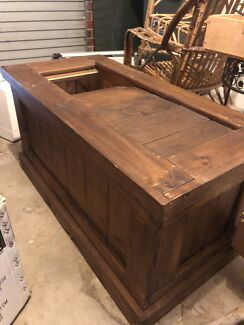 Wooden trunk/chest, good for coffee table also