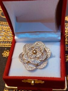 New gold plated sterling silver with American diamonds pandant