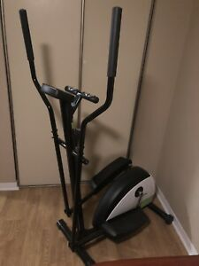 Advantage Fitness Elliptical Trainer