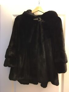 Mink100% real fur coat. Brand new sale