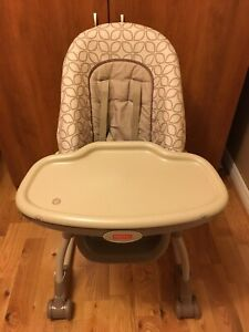 Chaise haute Ficher Price high chair