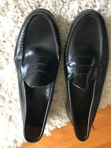 G.H. Bass & Co. Weejuns black leather Men's dress shoes