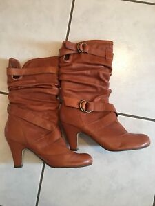 Women's Leather Boots Size 8.5