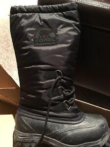 Ladies Sorel winter boots size 6