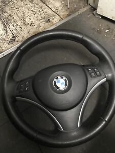 BMW 335xi 2011 steering wheel with airbag