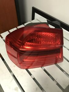 BMW 3-Series left taillight 2006-2011