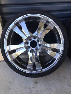 18x7 Damaged Wheels