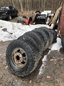 1994 chevy 3500 dually tire size