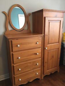 Meubles/mobilier de chambre en bois naturel