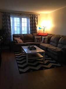 Room for rent in 3bd townhouse - west end (inclusive)