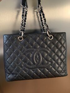 c2f0c3c899b5 Chanel Bag | Kijiji in Alberta. - Buy, Sell & Save with Canada's #1 ...