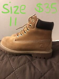 Boys size 8-11 shoes/boots