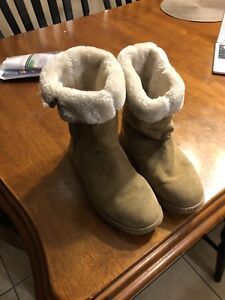 Ugg like boots old navy