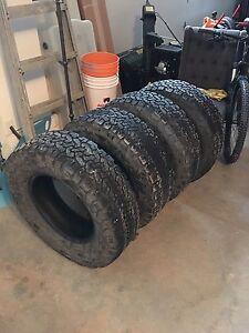 4 BF Goodrich KO2 tires 265/70/17