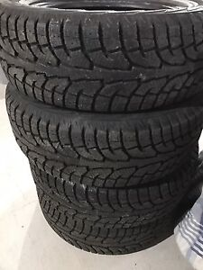 235/60/18 Hankook ipike winter tires
