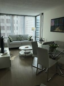 COAL HARBOUR APARTMENT 360 view .vacation rentals min 1night