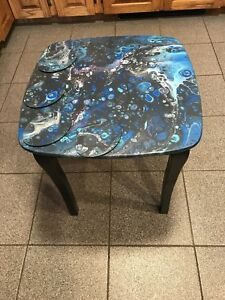 Galaxy End Table & Matching Coasters