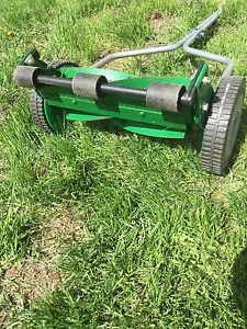 Scott's turf 14-inch Turf Reel Lawn Mower
