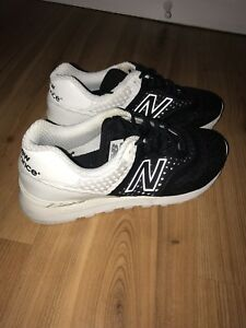 New balance shoes size 9.5 black and white
