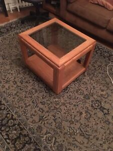 Small tables with wheels