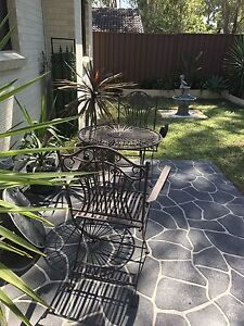 Garden Table and 2 Chairs Macquarie Fields Campbelltown Area Preview