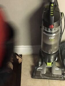 Hoover vacuum hardly used close to brand new