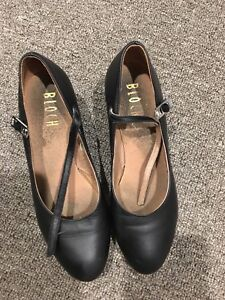 Bloch size 1.5 Character Dance shoes