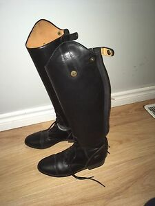 Riding boots-English