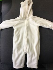 Old Navy Snowsuit - 12-18 mths