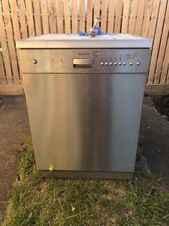 Blanco Dishwasher