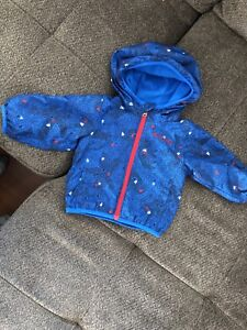 Columbia jacket size 3-6months