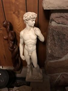 PERFECT CONDITION MARBLE STATUE