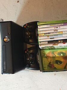 Xbox 360 like new condition