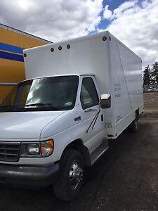 Ford e350 7.3 Diesel cutaway van (cube van)
