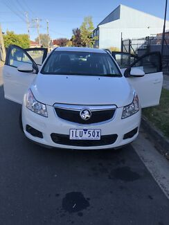 HOLDEN CRUZE 2011 (low km+service book)