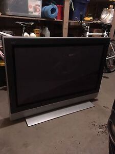 40 Inch TV (great condition)