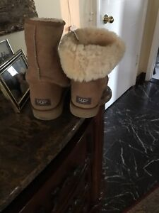 Boots UGGs brand new size 11 for men