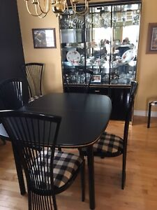 Dining table, Leaf, 6 Metal Chairs & 2 Hutches