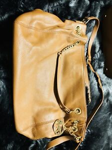 a17180b87378 PRICE REDUCED!! Great deal! Authentic Michael Kors Purse