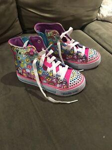 Size 11, Skecthers emoji sneakers