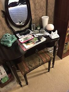 Small makeup vanity mirror with seat