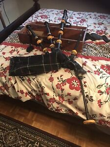 R G Hardy Bagpipes with case