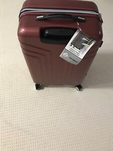 Samsonite luggages for size... Size M
