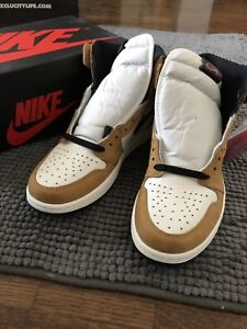 Brand new Aj1 rookie of the year size 9