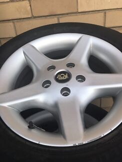 Wanted: holden rims