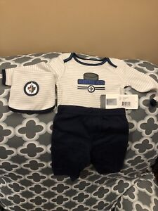 Brand New with tags Newborn Winnipeg Jets Outfit