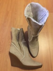 Gucci Women's Suede Boots size 7