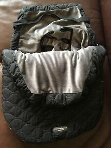 JJ Cole Urban Bundle Me Car Seat Blanket