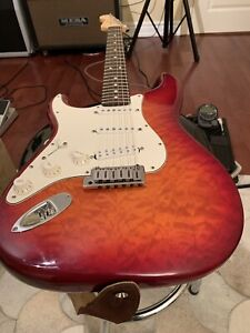 2001 Fender American Strat with quilted top! lefty - super rare!