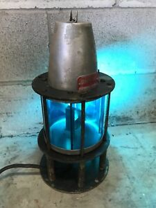 Vintage beacon light